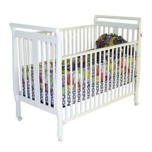 Dream on Me Full-Size and Portable Drop-Side Cribs Recalled recall image