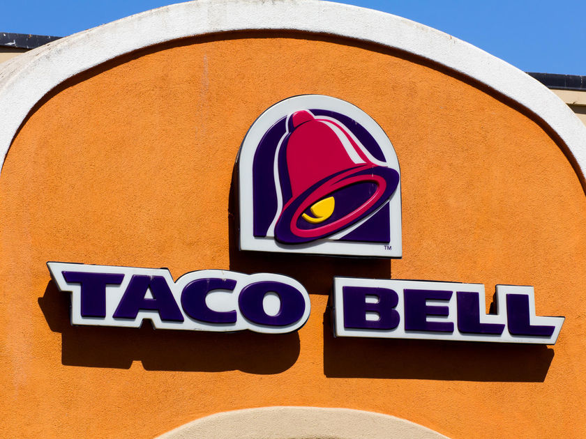 Taco Bell Sign Store Front