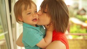 10 Ways to Prepare Your First-Time Parent Friends_still