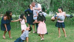 This Amazing Couple Adopted 7 Siblings From Foster Care_still