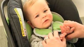How to Buckle Baby Into a Car Seat