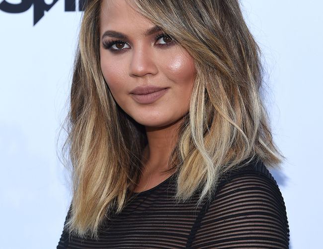 Mom Crush Chrissy Teigen
