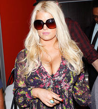 Teen jessica simpson pregnant boobs big boobs