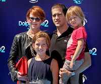 Molly Ringwald and family