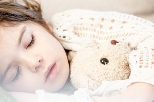 Cold & Flu Symptoms & Treatments for Kids | Parents