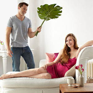 pregnant woman on bed rest