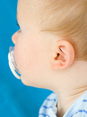 Ear Infection Symptoms and Remedies