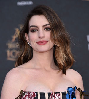 Anne Hathaway Is Every Mom Overwhelmed By The Pinterest Pressure Of Planning A First Birthday Party