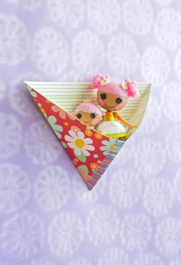 Pockets Paper Craft