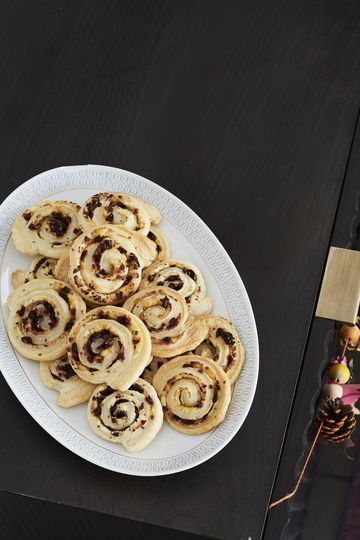 Thanksgiving Dishes Cranberry Cheese Pinwheels