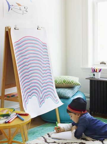Fine Lines Arts and Craft for Kids on Easel