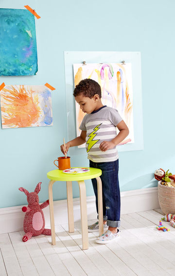 Decor Ideas Boy Painting on Easel Blue Walls