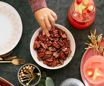 Holiday Dinner Appetizer Maple Pecans