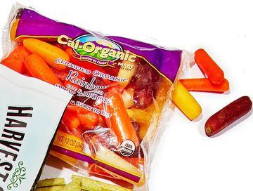 Packaged Finds Colorful Carrots