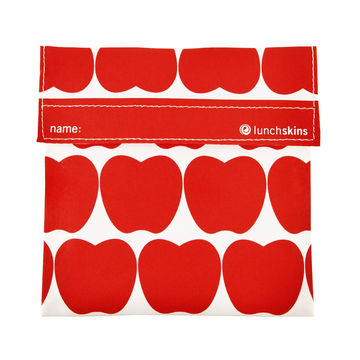 Reusable sandwich bag with apple print