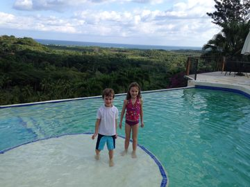 Vacation Rentals Kids Standing In Pool