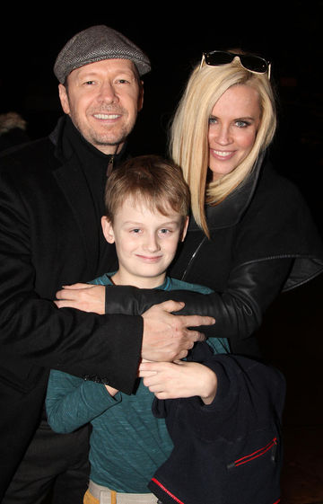 Jenny McCarthy and family