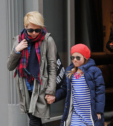 Michelle Williams and daughter Matilda 2013