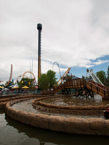 Fun Things Elitch Gardens Theme and Water Park