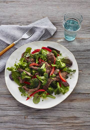 Whole30 Hot Beef and Broccoli Salad
