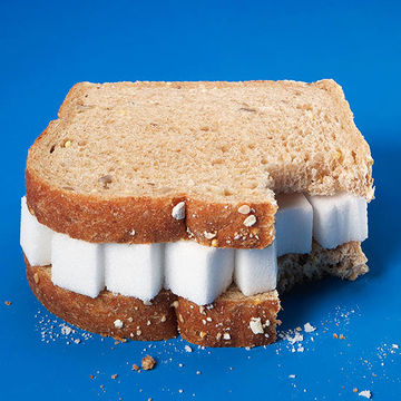 sandwich filled with sugar