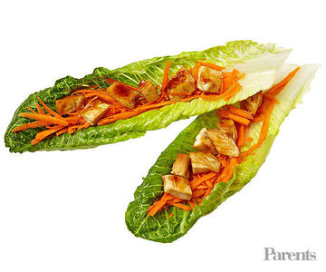 Lettuce wraps with grilled teriyaki chicken and carrots