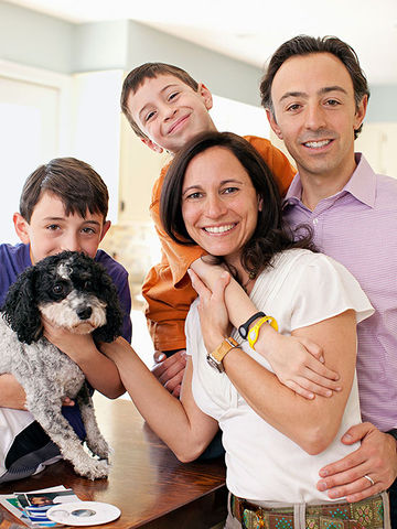 Kerry Glass with her husband, two sons, and dog
