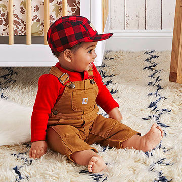 Baby's hat and overalls