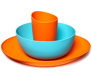 Three-piece dish set (orange and teal)