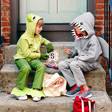 Kids in frog and shark costumes