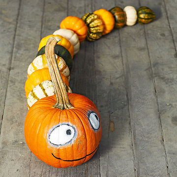Pumpkin caterpillar craft