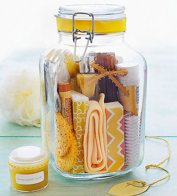 Honey-lemon spa gift jar