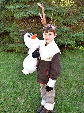The best diy and store bought frozen costumes diy sven costume solutioingenieria Gallery