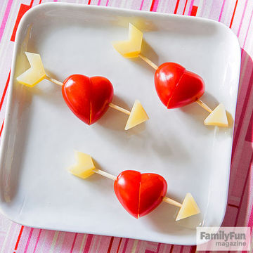 Cherry tomatoes and cheese kebabs