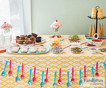 Ice Cream Sundae Party Table