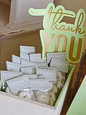 Adorable baby shower favors baby donut favors negle Images