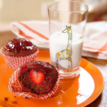 Strawberry-Surprise Muffins