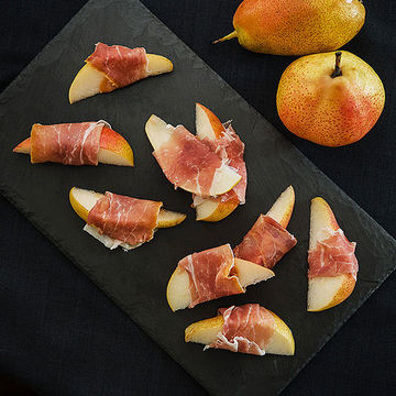 Prosciutto-Wrapped Pears