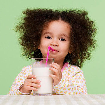 Drinking Milk And Water For Children Teeth