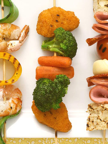kiddie kabobs, chicken nuggets, broccoli, carrots