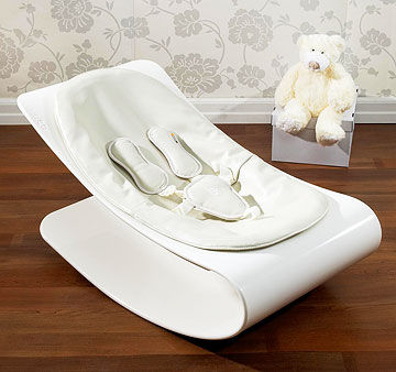 Bloom Coco Lounger and Mary Meyer Little Bit Bigger Creamy Bear