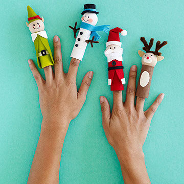 santa and his elves diy finger puppets