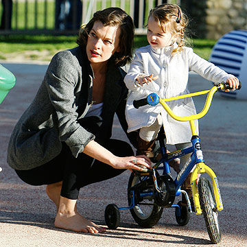 Milla Jovovich with daughter