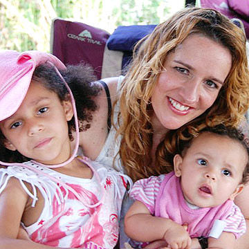 Melissa and her daughters