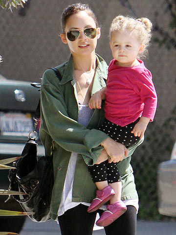 Nicole Ritchie with her daughter Harlow