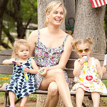 Rebecca Romijn with her daughters