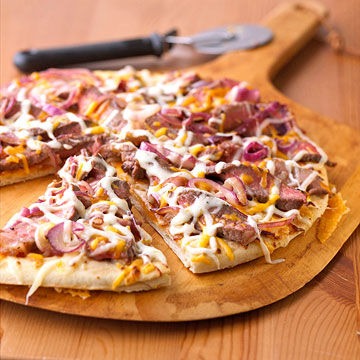 Steak & Cheese Melt Pizza