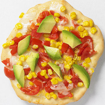 Avocado-Salsa pizza