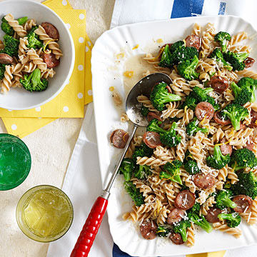 Pasta with Broccoli and Chicken Sausage