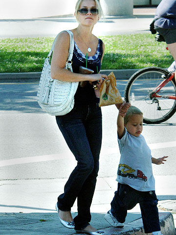 Reese Witherspoon & son Deacon